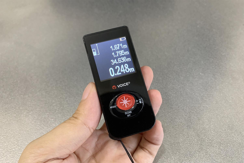 """""""フリスク""""サイズの超最小レーザー距離計<br>「VOICEのVC-LD」レビュー"""