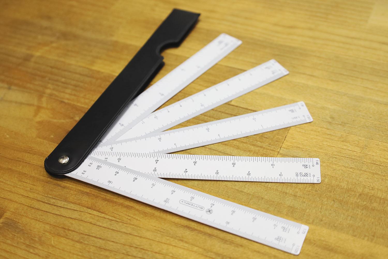 10種の縮尺が測れる「収納式マルチスケール」レビュー